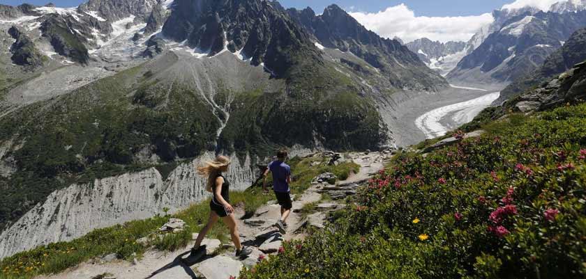 france_chamonix_summer-mountain-walking.jpg